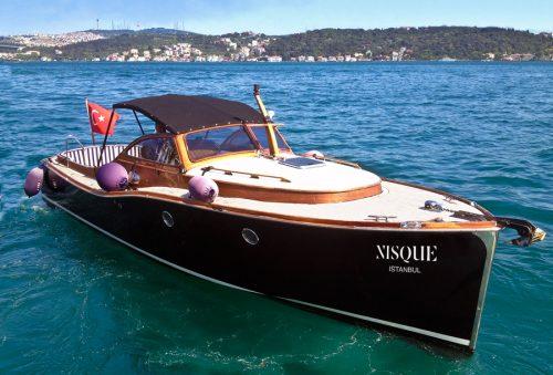 A1nisque-boat01